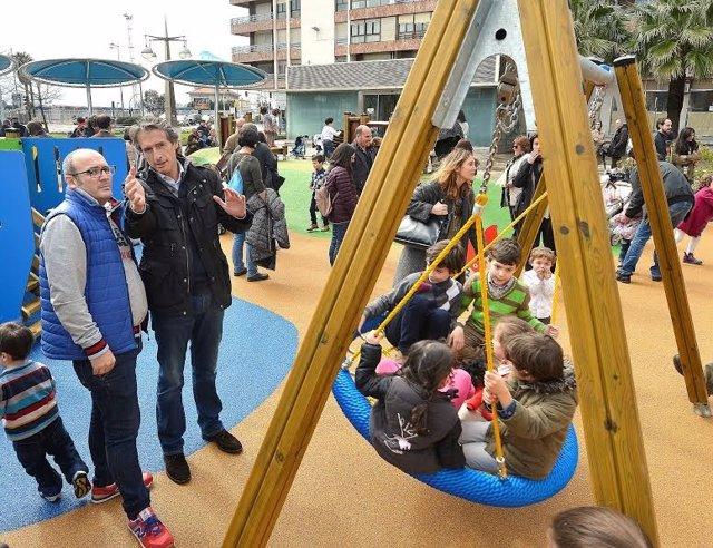 Nuevo parque infantil en la Plaza del Machichaco