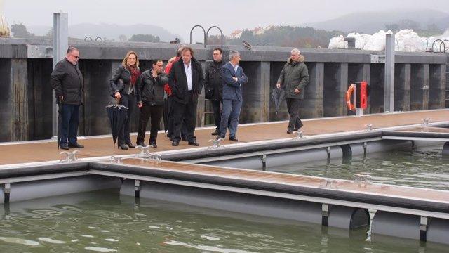 Nuevo pantalán flotante en el puerto de Santoña