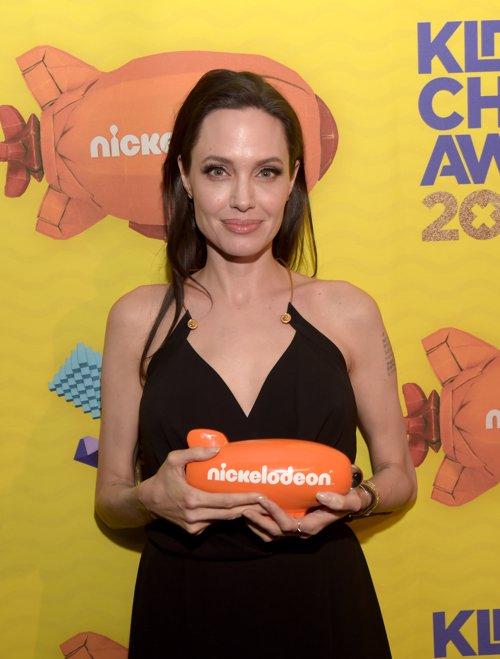 Angelina Jolie en los Kids' Choices Awards 2015