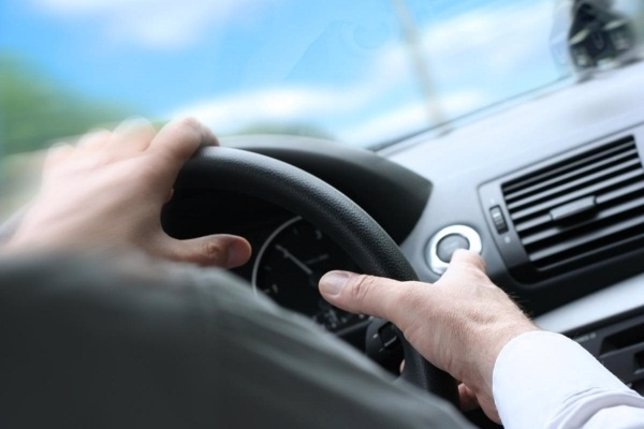 Conductor, vehículo, automóvil, coche, volante