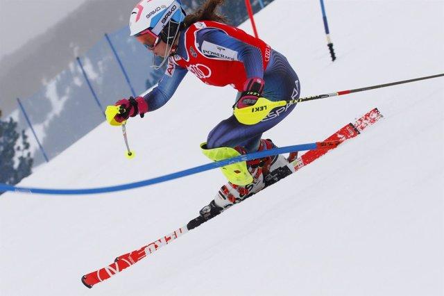 Núria Pau esquí campeonato España