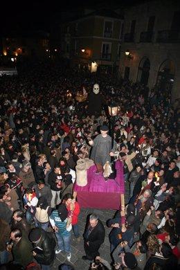 Un momento de la procesión de San Genarín