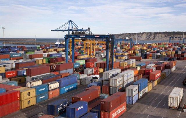 Puerto de Bilbao, terminal de contenedores