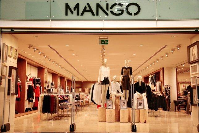 Tienda de Mango en el Aeropuerto de Barcelona