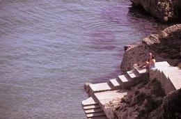 Turistas málaga mar mediterráneo viajeros turismo ocio descanso playa sol