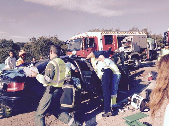 Imagen del accidente de tráfico en la M-513 donde había 5 heridos