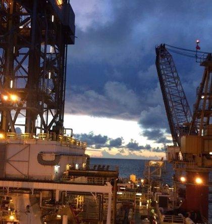 PEMEX anuncia que el incendio en una de sus plataformas en el Golfo de México ha sido sofocado