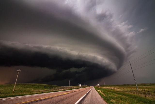 Este vídeo en time-lapse reúne las formaciones de tormentas más épicas de 2014