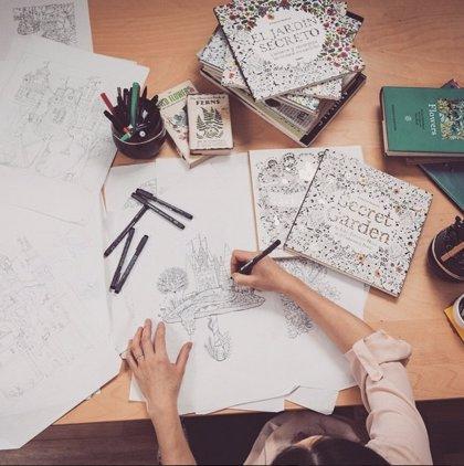 Johanna Basford La Artista Que Triunfa Con Un Libro Para Colorear