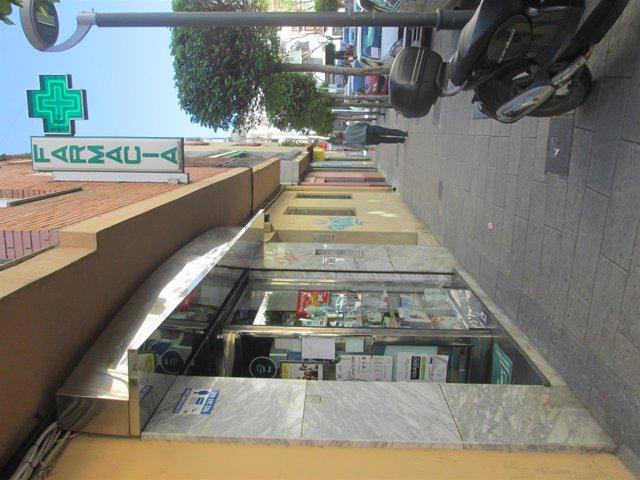 Fachada de una farmacia de Jaén capital