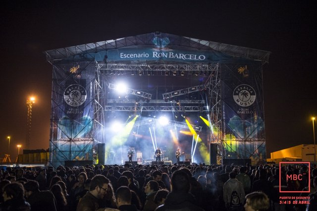 The Pains of Being Pure at Heart en el MBC Festival
