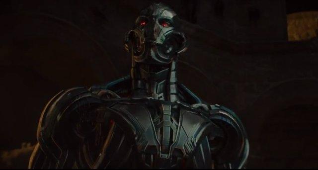 El villano Ultrón en Vengadores: La era de Ultrón