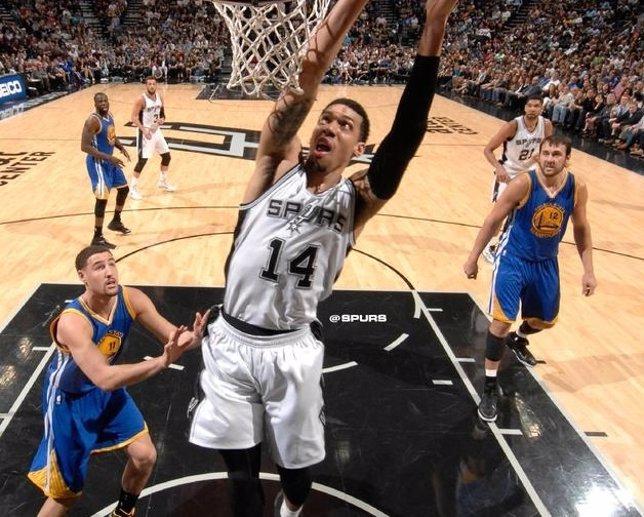 Spurs de San Antonio vence a Warriors