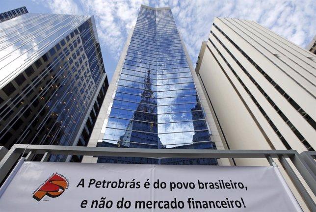 Protestas por situación de Petrobras