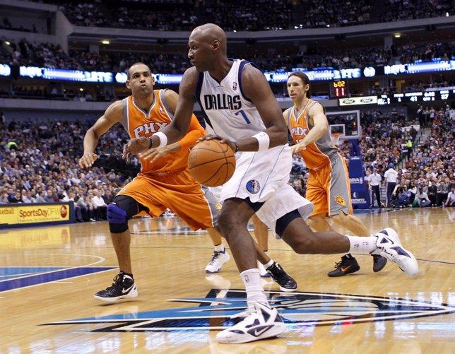 Lamar Odom, Grant Hill Y Steve Nash En Un Dallas Mavericks-Phoenix Suns