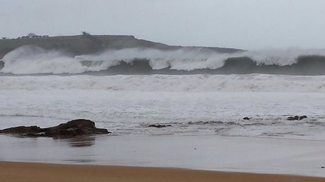 Olas. Oleaje. Fenómenos costeros adversos en la mar. Sardinero. Santander