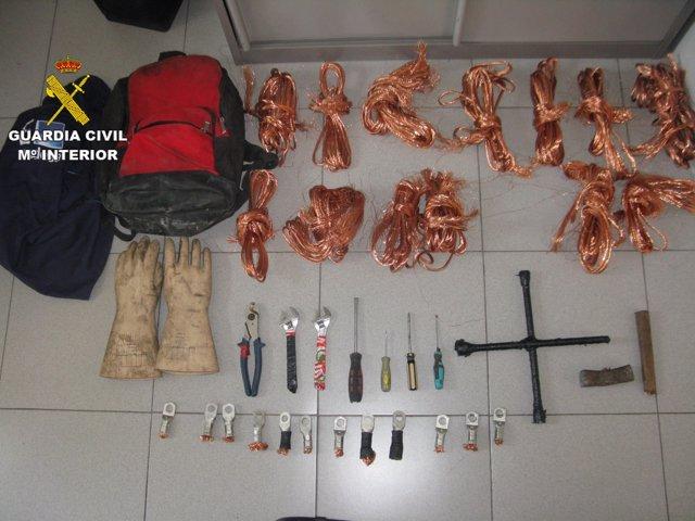 Material incautado por Guardia Civil