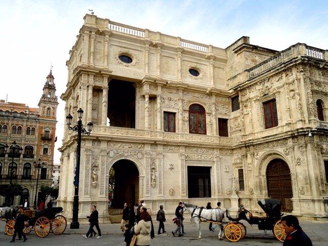 Arquillo del Ayuntamiento de Sevilla