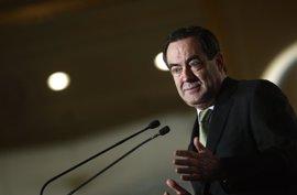 Carmona dice que López Aguilar da ejemplo al pedir suspensión de militancia