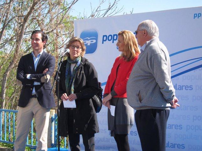 Visita de la ministra Isabel García Tejerina a Funes.