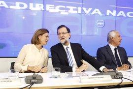 """Rajoy da las gracias a Cospedal porque ha tenido que lidiar """"situaciones muy complejas y difíciles"""""""