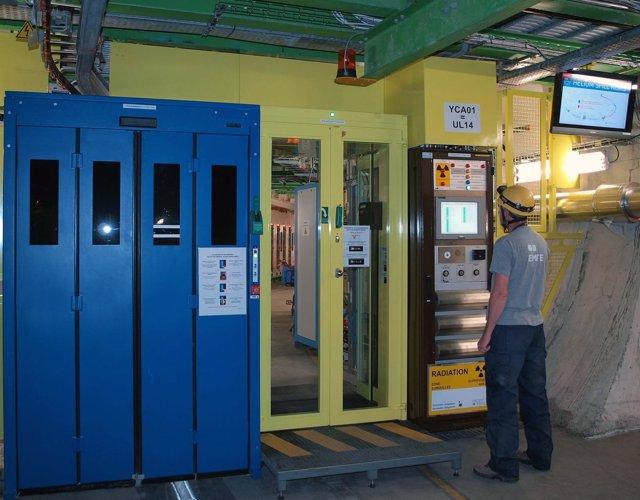 Contrato con el CERN de Comsa Emte