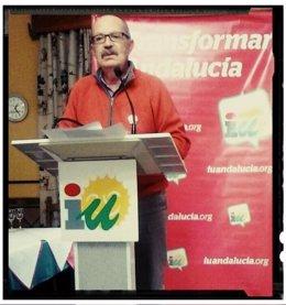 Juan Bosco Navarro, en un acto reciente de IU en Arcos de la Frontera