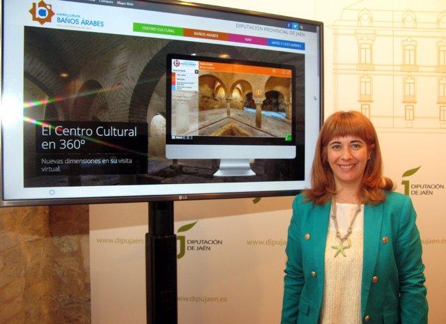 Antonia Olivares presenta la programación del Centro Cultural Baños Árabes.
