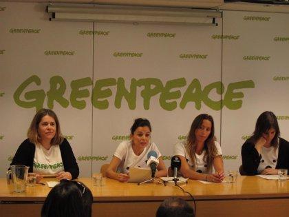 Elena Anaya y Gemma Mengual viajarán al Ártico para pedir su protección