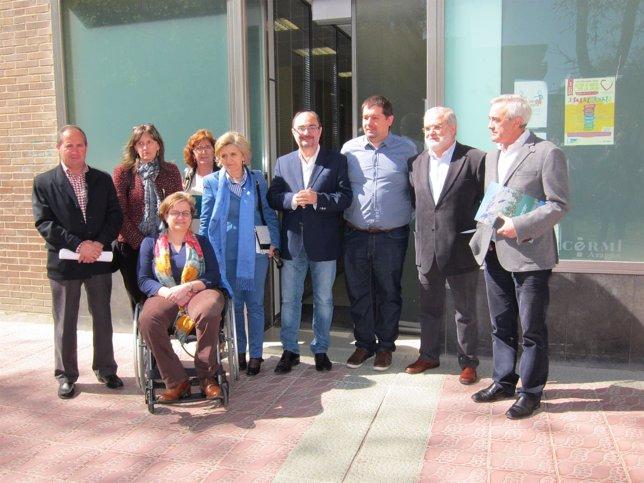 El secretario general del PSOE Aragón, Javier Lambán, visita CERMI