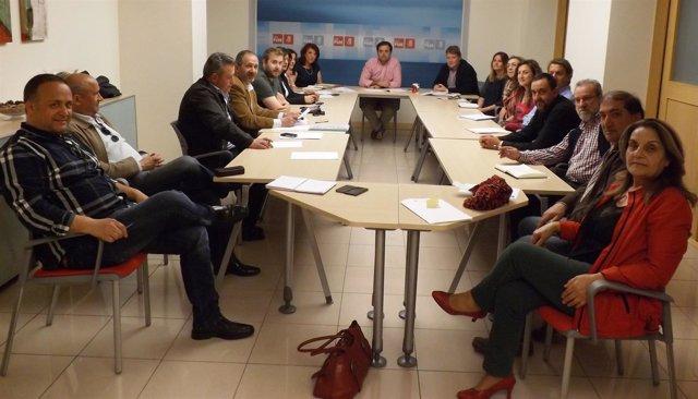 Reunión de miembros de la candidatura y responsables de partidos judiciales