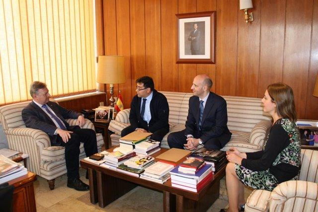 Reunión del subdelegado con CECO Madera