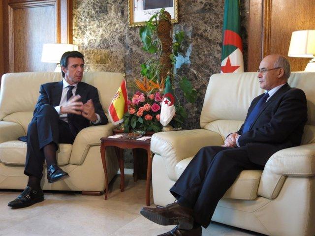 El ministro de Industria, José Manuel Soria, viaja a Argelia
