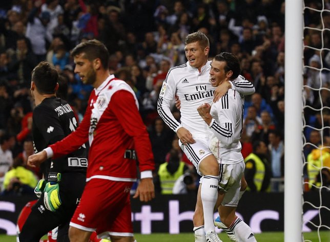 El Real Madrid golea al Rayo