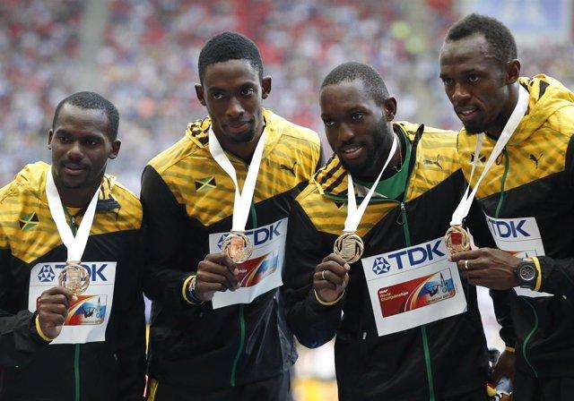 Jamaica reina en la velocidad y Usain Bolt supera a Carl Lewis