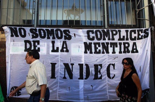 Pancarta contra INDEC