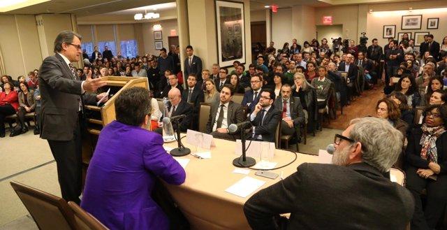 El presidente Artur Mas da una conferencia en la Universidad de Columbia