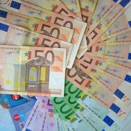 Billetes, dinero, euros, salario, renta
