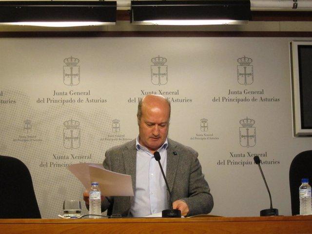 El diputado del PP Luis Venta Cueli en la JGPA