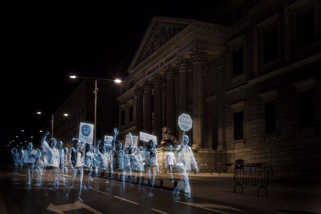 Manifestación de hologramas contra la Ley Mordaza