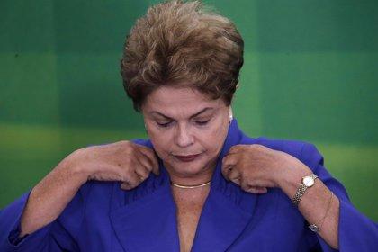 La mayoría de los brasileños respalda un juicio político contra Rousseff