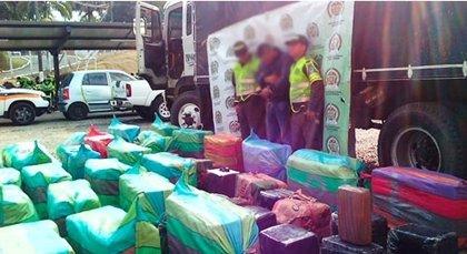 Policía de Colombia se incauta de 2,2 toneladas de marihuana