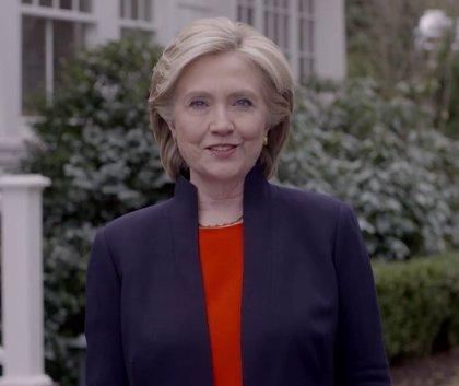 Hillary Clinton anuncia oficialmente su candidatura a presidir EEUU