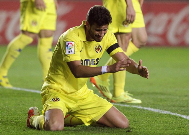 Villarreal's Musacchio reacts after scoring an own goal during their Spanish fir
