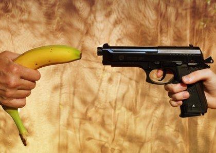 Un niño de tres años mata por accidente de un disparo a un bebé de un año
