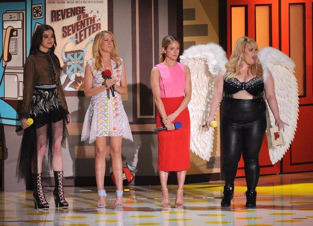 Las protagonistas de Dando la nota en los MTV Movie Awards