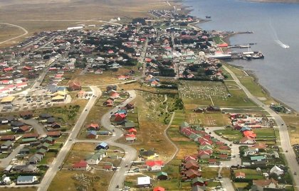 Petroleras en Malvinas reducen operaciones caída de precios de crudo
