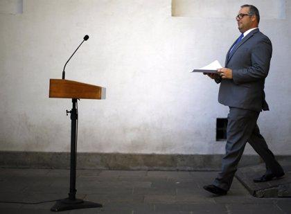 Hijo de Bachelet declara ante la Fiscalía por tráfico de influencias