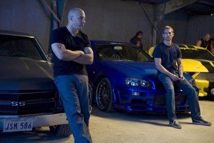 """Foto de Vin Diesel junto al """"fantasma"""" de Paul Walker arrasa en Facebook"""