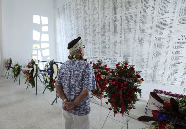 Pearl harbor , Estados Unidos exhumará los restos de unos 400 militares